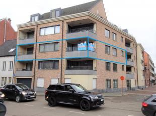Luxueus afgewerkt appartement van 150 m² met twee slaapkamers en twee terrassen. Het appartement is afgewerkt in de beste materialen. In de zeer