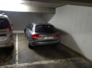 Op zoek naar een garage in het centrum van Diest, op wandelafstand van de Markt, winkels, scholen....<br /> <br /> Bent U de parkeerboetes beu? Heeft