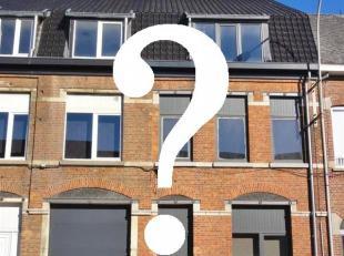 ONTDEK= een prachtige woning achter deze karaktervolle gevel!!<br /> Zeer knap en degelijk gerenoveerde woning met de optie om volledig op gelijkvloer