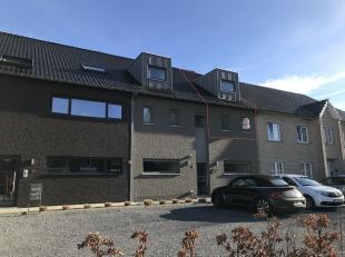 Het appartement is gelegen in Zutendaal / Wiemesmeer centrum, op slechts 5 min van de autosnelweg E314, afrit 32.<br /> <br /> Op verdieping 1 ligt de