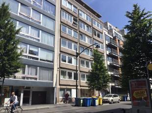 Lot van 10 autostaanplaatsen in een appartementsgebouw. <br /> Super goed gelegen in de Europese wijk, en vlakbij het Berlaymont gebouw.