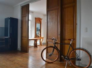 Duplex exceptionnel totalement rénové, idéal pour y vivre et travailler, mais également idéal comme espace de trava