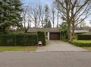 In villawijk het Kloosterbos een gelijkvloerse vrijstaande woning met inpandige garage en 2 slaapkamers op een perceel van1095m²<br /> <br /> IND