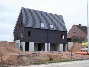 Ruime nieuwbouw gezinswoning op een perceel van 4a 35ca nabij de dorpskern van Kumtich, school, bakker, warenhuis, apotheker, dokter op wandelafstand.