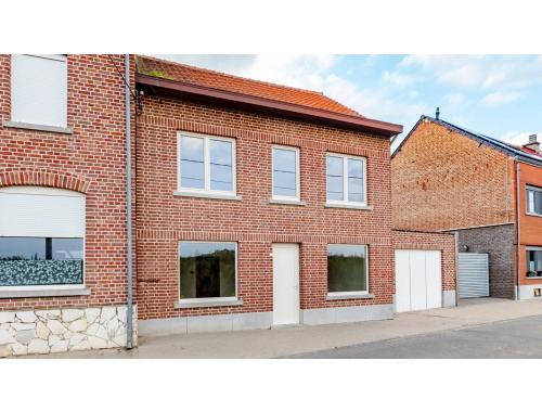 Maison à vendre à Hakendover, € 186.000