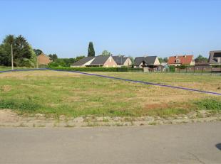 Terrain à vendre                     à 3300 Kumtich