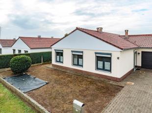 Deze instapklare woning heeft een mooie leefruimte met veel lichtinval, goed uitgeruste keuken, mooie privé tuin met tuinhuis, 3 slaapkamers, b