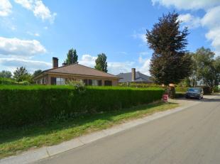 Deze ruime gezinswoning is gelegen in een kindvriendelijke omgeving op slechts 5 minuten van Evergem centrum met in de directe omgeving openbaar vervo