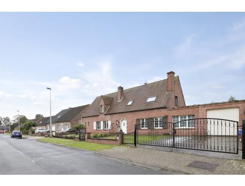 Maison à vendre à Wondelgem, € 379.000