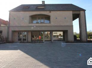 Handelsruimte te Bocholt centrum <br /> - oppervlakte handelspand: 126m² (netto)<br /> - ruime bestemmingsvoorschriften<br /> - 6 parkeerplaatsen