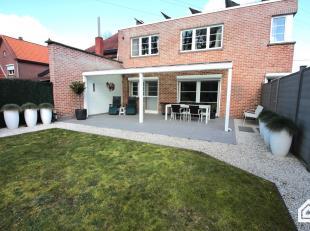 Vernieuwd gelijkvloers appartement met garage en tuin te Genk<br /> - bewoonbare oppervlakte: 120m²<br /> - terrasoppervlakte: 40m²<br /> -