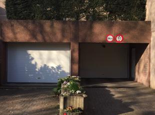 Résidence la Sauvenière: EMPLACEMENT de PARKING n° 15 pour les immeubles n° 61, 63 et 85 (bloc A,B, M).Contact: 0496 279 251www.