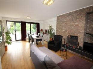 // PHOTOS EN ATTENTE // TOMBERG - Dans petit immeuble, superbe appartement de ± 90 m², entièrement rénovéeet comprena