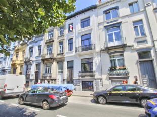 PARC DE FOREST : Splendide appartement RDC + 1er de 130m2 en cour de finitions comprenant : Hall de d'entrée, living / salle à manger, c