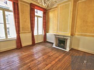 ETANGS D' iXELLES - A voir ! Superbe maison bruxelloise de ± 280 m² en excellent état et comprenant : hall d'entrée, salon /