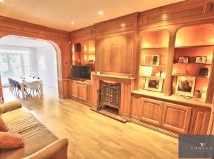 GRIBAUMONT - AV TERVUEREN - A voir absolument ! Superbe maison de maître de ± 250 m², en excellent état et comprenant : hall