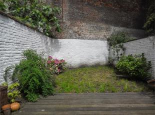 FLAGEY UITZICHT - LOUISE - Helder appartement met een slaapkamer volledig GEMEUBILEERD en GELEVERD. Het appartement is als volgt samengesteld: woonkam
