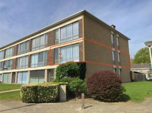 Dit instapklaar appartement op de eerste verdieping werd recentelijk gerenoveerd & is gelegen binnen de stadsrand van Lier, dichtbij scholen, wink
