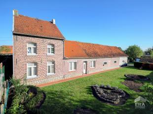 Rustig gelegen te renoveren hoeve op mooi breed perceel grond: 13 a 24 nabij het dorp van Tielt-Winge.Bezoek Hier alvast deze woning virtueel binnen e