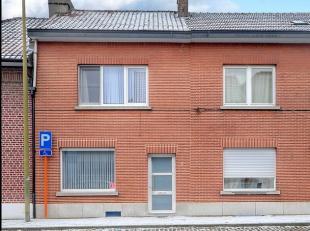 Volledig gemoderniseerde woning met 2 (mogelijk 4) slaapkamers op 5 minuutjes van station en centrum Tienen, in een rustig straatje aan de stadsrand.K