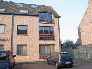 Lichtrijk en ruim gelijkvloersappartement met 1 slaapkamer in het centrum van Herent, op een boogscheut van Leuven. Privé autostaanplaats voor