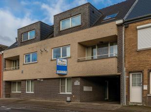 Prachtig en ruim appartement gelegen op de eerste verdieping van een residentieel appartementsgebouw.<br /> Via de gemeenschappelijke traphal komen we