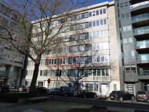 Totaal gerenoveerd appartement (±130 m2) met autostandplaats op het Leopoldplein!<br /> Super centraal en rustig gelegen aan de binnenkant van