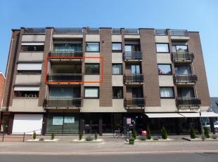 Gezellig appartement, rustig gelegen tegenover park, op wandelafstand van het centrum van Kuringen, op 1 km van de oprit van de E313 en op 2 km van he