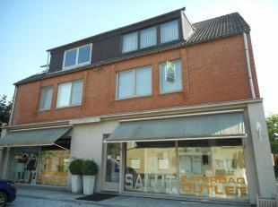Appartement op de eerste verdieping te Lanaken.<br /> Dit appartement van +/- 90m² bestaat uit twee slaapkamers, een ingerichte keuken en badkame
