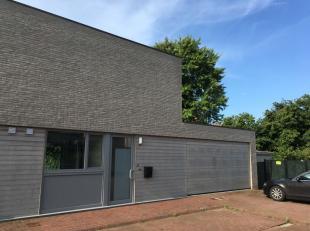 Onmiddellijk beschikbaar - te bezichtigen via online bezoekaanvraag op www.rzk.be.<br /> <br /> Woonhuis, 169 m², gelijkvloers en 1ste verdiep, m