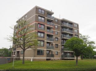 Onmiddellijk beschikbaar - te bezichtigen via online bezoekaanvraag op www.rzk.be<br /> <br /> Ruim appartement (109 m²), gelegen in groene en ru