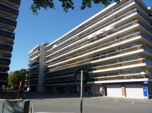 Aangenaam appartement (+/- 84m²) met terrassen aan voor- en achterzijde van het gebouw. gelegen op de 6e verdieping (lift in het gebouw). Centraa