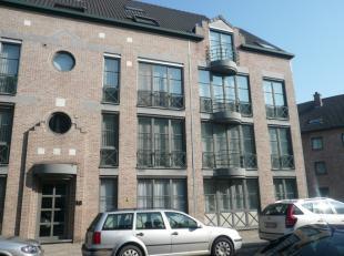 Als je op zoekt bent naar een appartement op wandelafstand van het centrum van Hasselt, dan is dit appartement in de Arnold Maesstraat ideaal! <br />