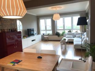 Beschikbaar 01.07.2019 - te bezichtigen via www.rzk.be<br /> <br /> Appartement gelegen op de groene Boulevard van Hasselt, 90 m², 4de verdiep, b