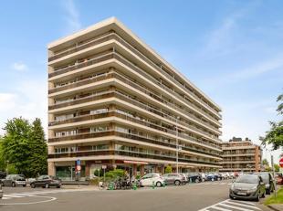 Onmiddellijk beschikbaar - te bezichtigen via online bezoekaanvraag op www.rzk.be<br /> <br /> Appartement, 80 m², 2de verdiep, volledig gerenove