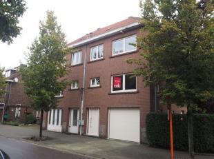 Beschikbaar 01.12.2019 - te bezichtigen via online bezoekaanvraag op www.rzk.be.<br /> <br /> Gerenoveerde woning, gelegen vlakbij Katarinaplein, op w