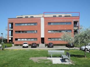 Onmiddellijk beschikbaar - te bezichtigen via www.rzk.be.<br /> <br /> Dakappartement in autoluwe buurt, 92 m², 3de verdiep, instapklaar (voorzie