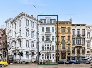 Prachtige herenwoning met neoclassicistische gevel en stadstuin exclusief gelegen in het gegeerde en hippe Zuidkwartier.<br /> De Lambermontplaats, om