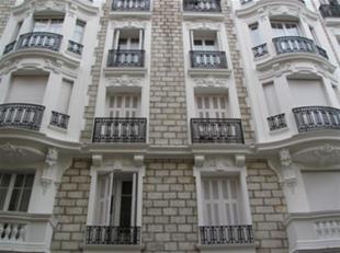BRUXELLES (1000) - Antwerpsesteenweg: Gebouw (Ref. 17VL-BR) Opbrengsteigendom Commerciël gelijkvloers van 160m² en 7 appartementen allen ver