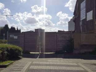 EVERE : Projet avec permis d'urbanisme pour 2 grandes maisons et 7 appartements (y compris les parkings) (Ref. 18VU-EV)<br /> • 2 t