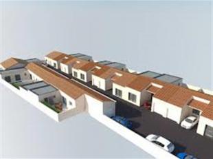 CHATELET: Bouwgrond voor 11 appartementen en 7 huizen (Ref. 19NI-CT)<br />  Overeenkomst van principe ondergeschreven door de gemeente<br />  7 eengez