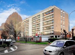 Ruim appartement op de 4de verdieping in Residentie Unicum, gelegen te Runkst op een boogscheut van Hasselt centrum. Deze residentie ligt dicht bij he