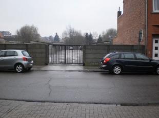 Garage Nr. 13 gelegen te Runkst.  Deze garage is bereikbaar via een gemeenschappelijke ingangspoort met automatische poortopener.  Vrij vanaf 01/08/20