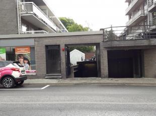 Ondergrondse garagebox n°12 gelegen op een TOP-LOCATIE binnen de kleine ring, vlak aan de TT-wijk.<br /> Woont of werkt u in het centrum en bent u