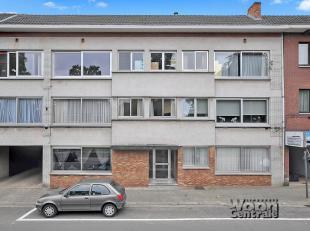 Residentie 'LENTENHOF' is gelegen op de Oude Luikerbaan 7.  Het gebouw dateert van 1975 en bestaat uit 6 appartementen. Op de eerste verdieping bevind