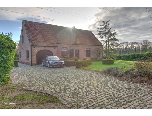 Villa te koop in Brecht, € 865.000