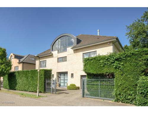 Villa à vendre à Wilrijk, € 1.050.000