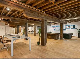 """Voormalig pakhuis """"Werf en Vlasnatie"""". Prachtig kantoorcomplex met authentieke elementen."""