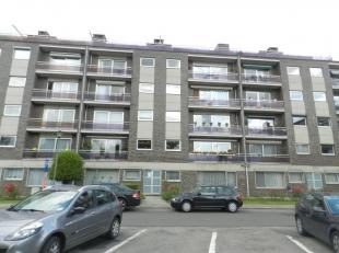 Hasselt: Uitstekend gelegen appartement met 2 slpks. <br /> <br /> Het betreft een mooi appartement met 2 slaapkamers gelegen aan de Vlindersstraat nr