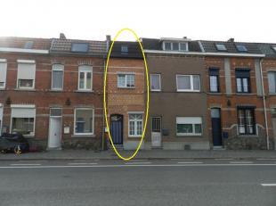 Tongeren: Gunstig gelegen stadswoning met 1 slpk.<br /> <br /> Aan de Maastrichtersteenweg nr. 147 te Tongeren treffen we dit instapklare woning met 1